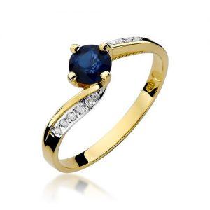 pierścionki złote z szafirem